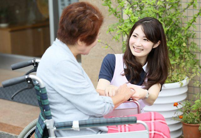 住宅型有料老人ホームでの介護スタッフ【入浴介助なし】
