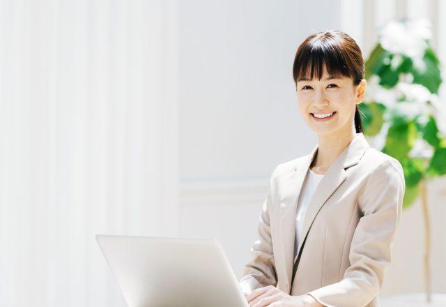 【正社員】大手企業での営業事務/賞与あり・年間休日120日