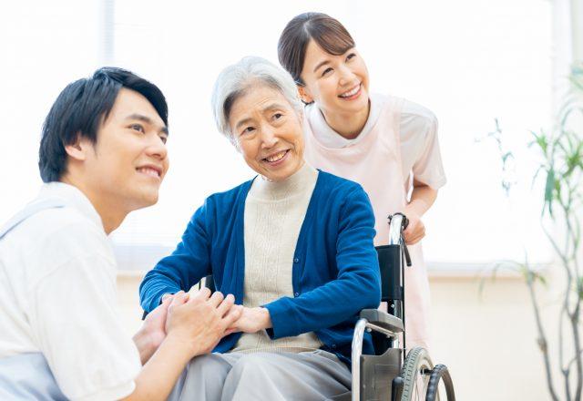 【正社員】休みが取りやすい社風☆有料老人ホームで介護のお仕事